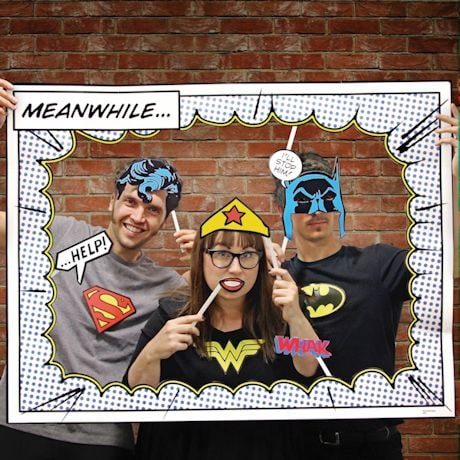 DC Comics Photo Booth with Superman Batman Wonder Woman - By Paladone