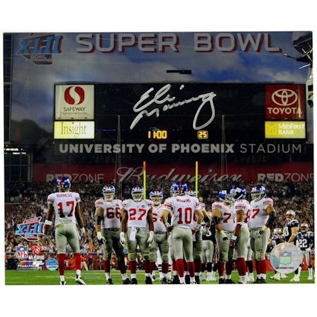 Eli Manning Signed Giants SB XLII Huddle 8x10 Photo