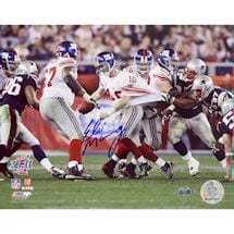 Eli Manning Super Bowl XLII Escaping Tackle 16x20 Photo