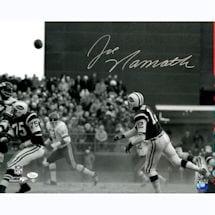 Joe Namath Signed Dust vs. KC 16x20 Photo (JSA) (Namath Holo)